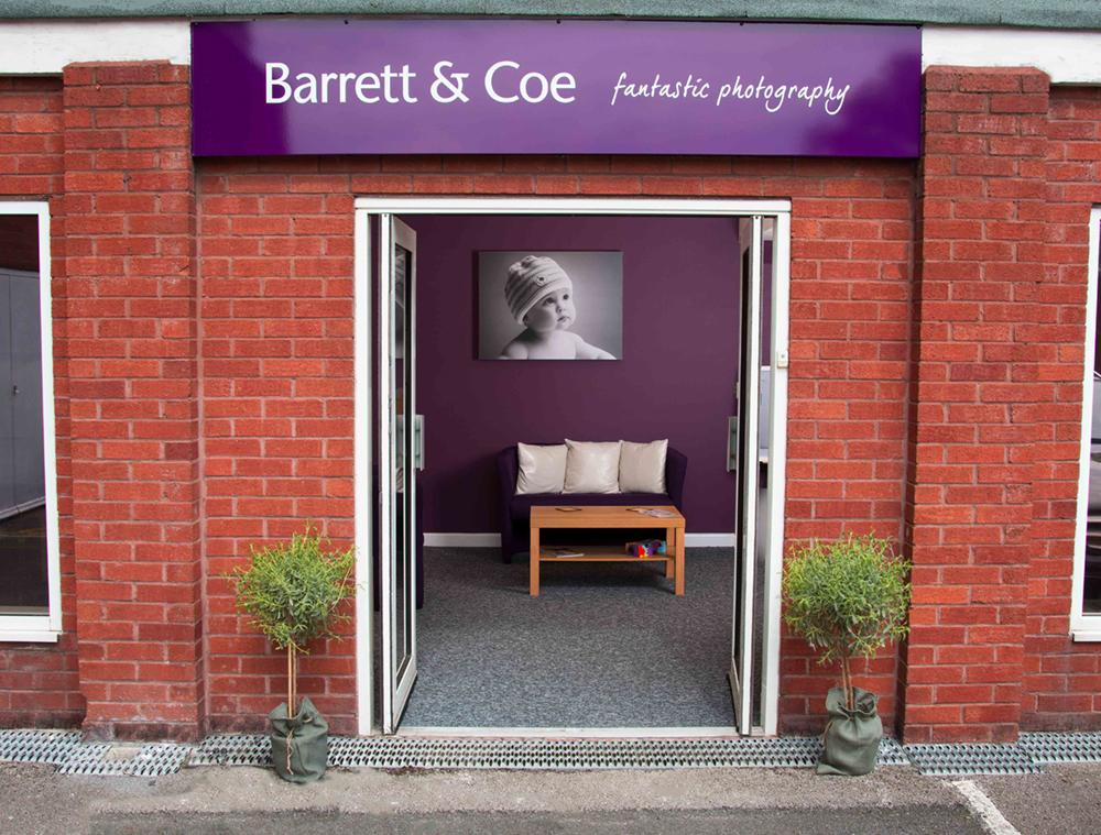 barrett-coe-photography-franchise-studio-entrance